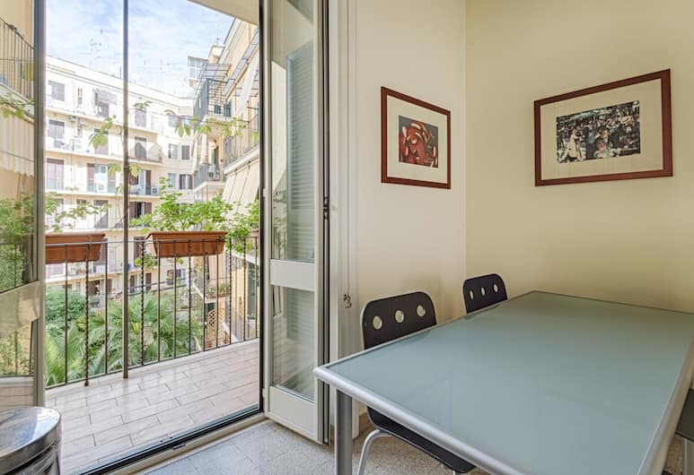 RSH Vatican Elegant Apartment, Rome, Apartment (3 Bedrooms), Living Area