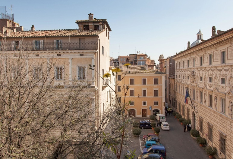 RSH Farnese Stylish Apartment 2, Rome, Front of property