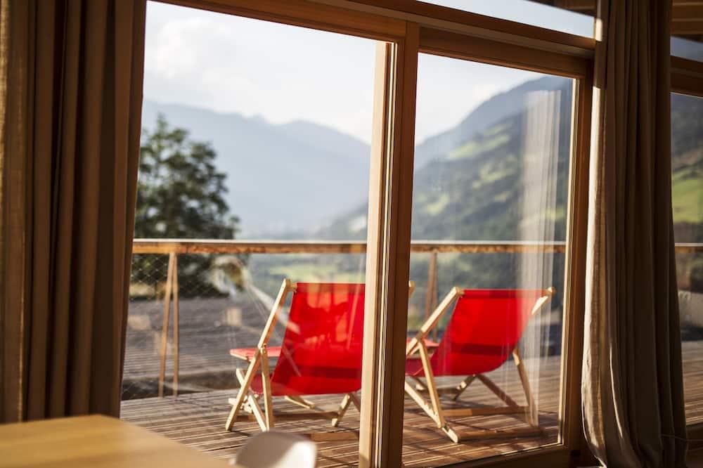 Mansards (Tessa A) - Balkons