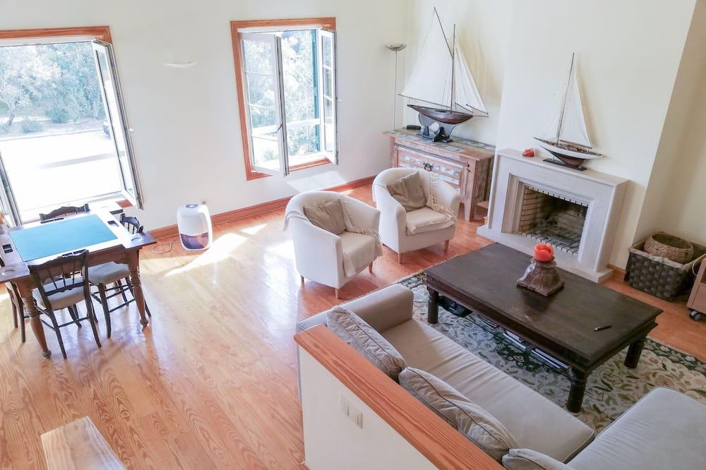 Dom, 3 spálne, nefajčiarska izba, výhľad na záhradu - Obývacie priestory
