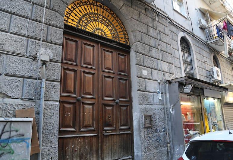 On Gennar, Napoli