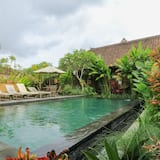 Bali Sunshine Homestay And Art Gallery