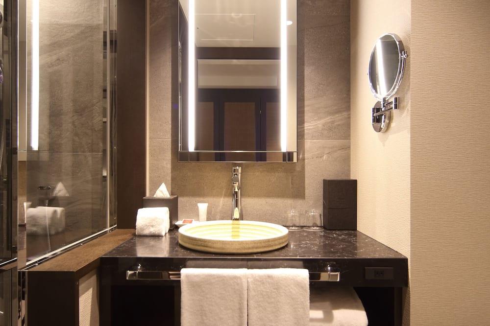 Superior szoba, 2 egyszemélyes ágy - Fürdőszoba