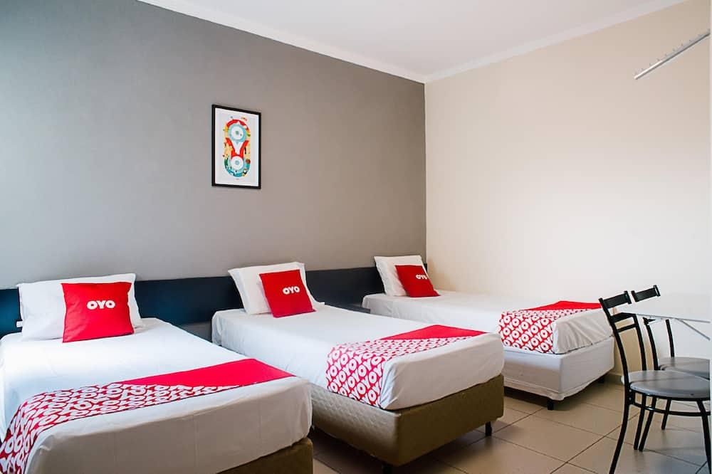 Triple Room, 3 Single Beds - Guest Room