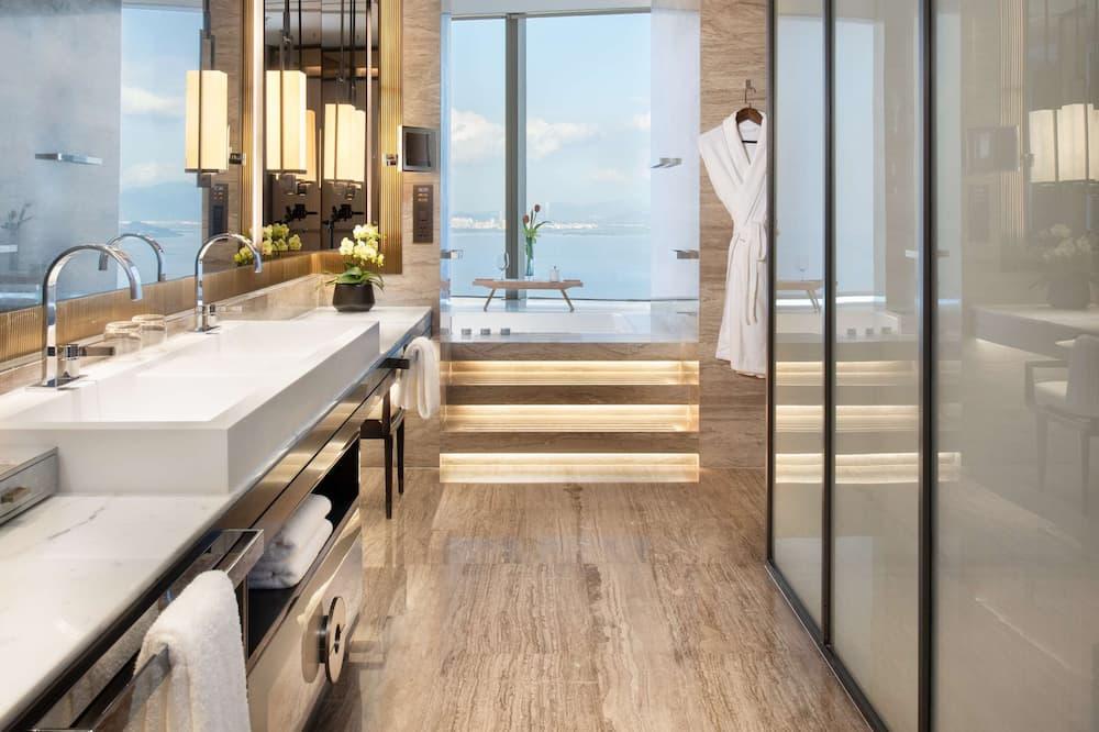 Raffles, Suite, 1King-Bett - Badezimmer