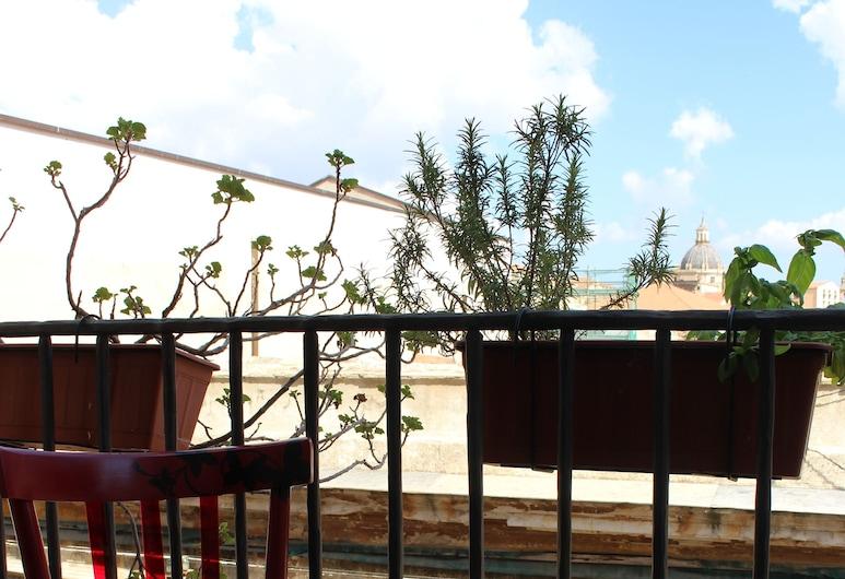 La Via delle Biciclette, Palermo, Üç Kişilik Oda, Balkon