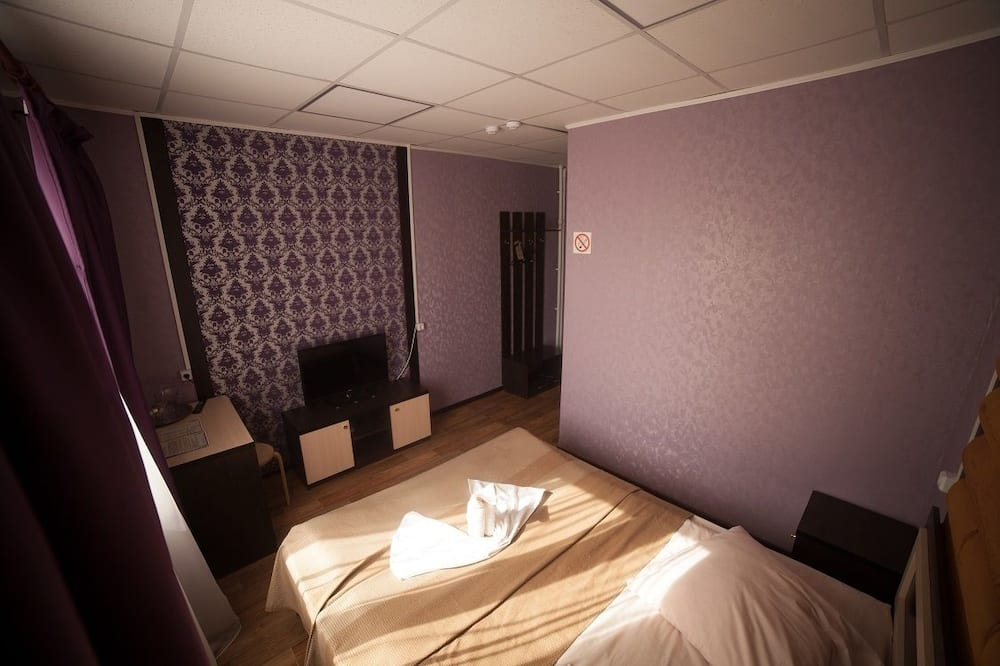 غرفة عادية فردية - تلفاز