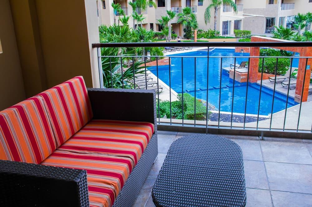 Deluxe Apartment - Balcony