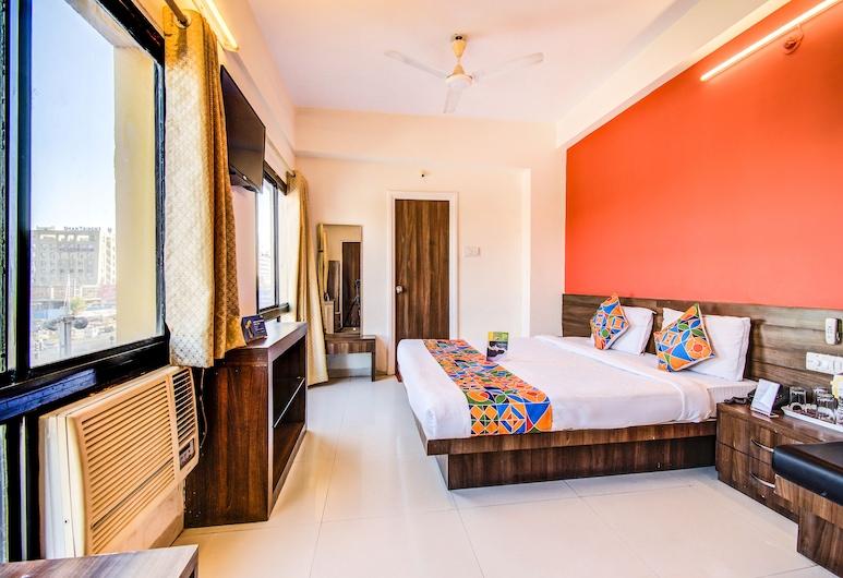 فاب هوتل كومار, إندور, غرفة ديلوكس - سرير مزدوج - لغير المدخنين, غرفة نزلاء