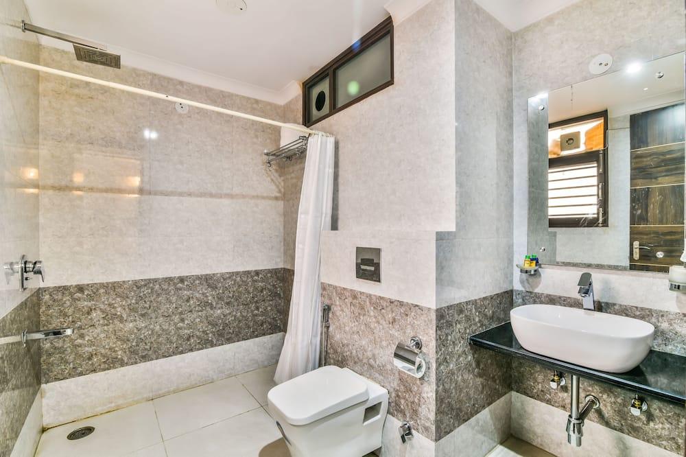 Deluxe-huone, 1 parisänky, Tupakointi kielletty - Kylpyhuone
