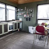 Family Chalet, Private Bathroom - Shared kitchen facilities