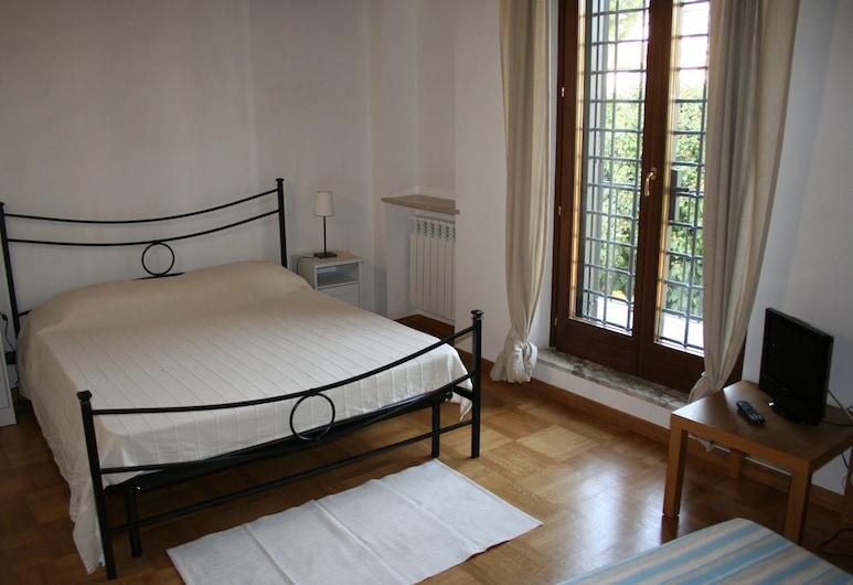 La Casa di Olimpia - Rent a House, Rome, Huis, 3 slaapkamers, Kamer