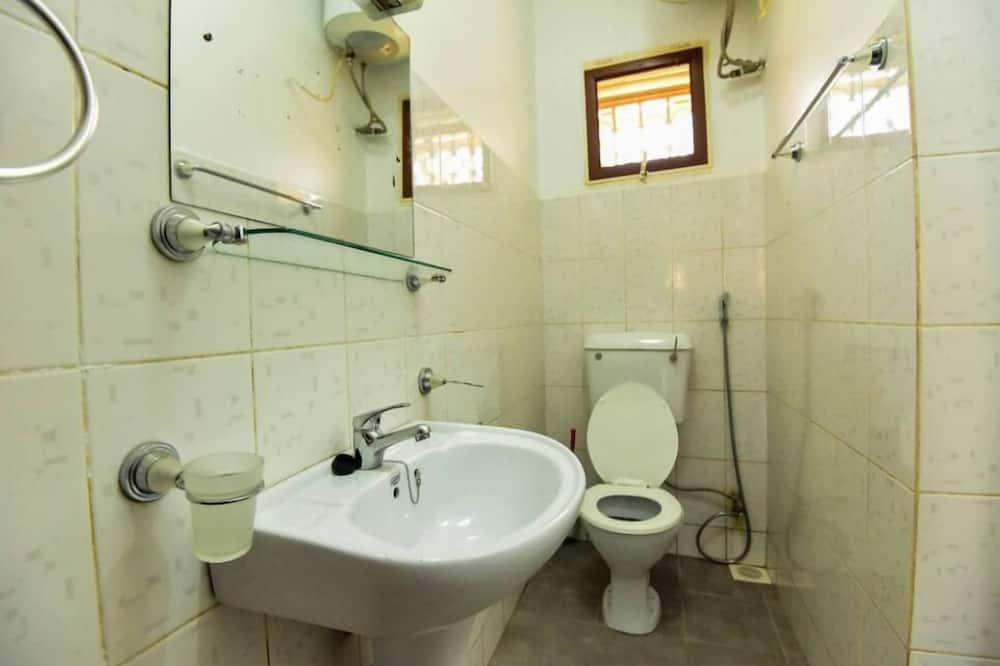 Departamento estándar, 2 habitaciones, para no fumadores - Baño