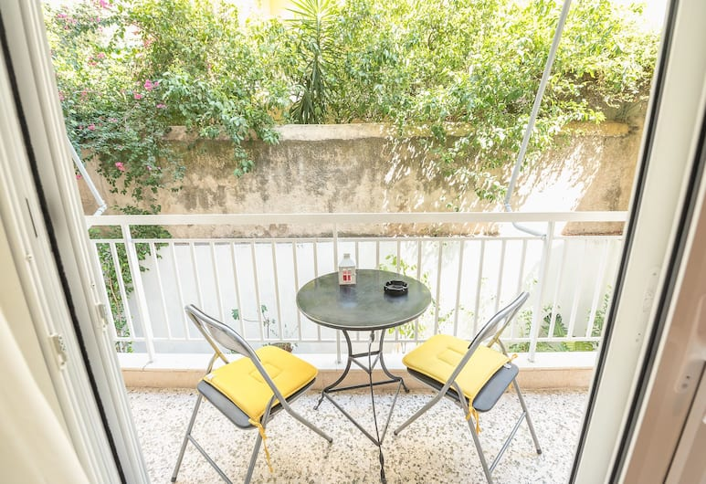 Central & Cozy Apartment With Balcony, Αθήνα, Διαμέρισμα, 1 Υπνοδωμάτιο, Ισόγειο, Μπαλκόνι