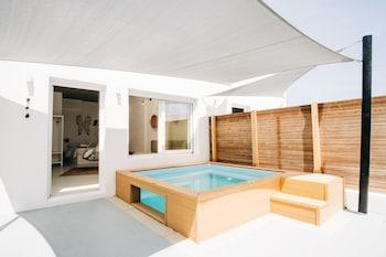 Φωτογραφία του Mesanto Luxury Suites, Σαντορίνη
