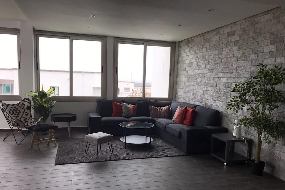 Huoneisto, 2 makuuhuonetta, Tupakointi sallittu, Näköala puutarhaan - Oleskelualue