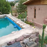 Cottage, 2 Bedrooms, Private Bathroom - Private pool