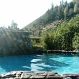 Cottage, 1 Bedroom, Private Bathroom - Private pool