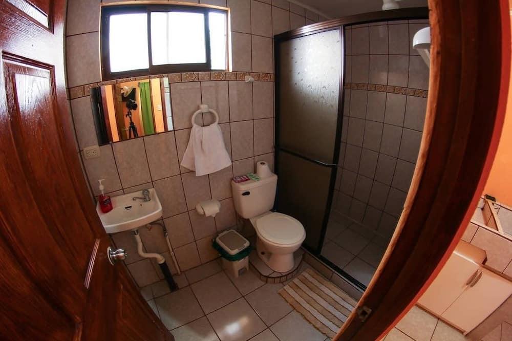 Apartment, 2 Bedrooms, Mountain View (2nd Floor) - Bilik mandi