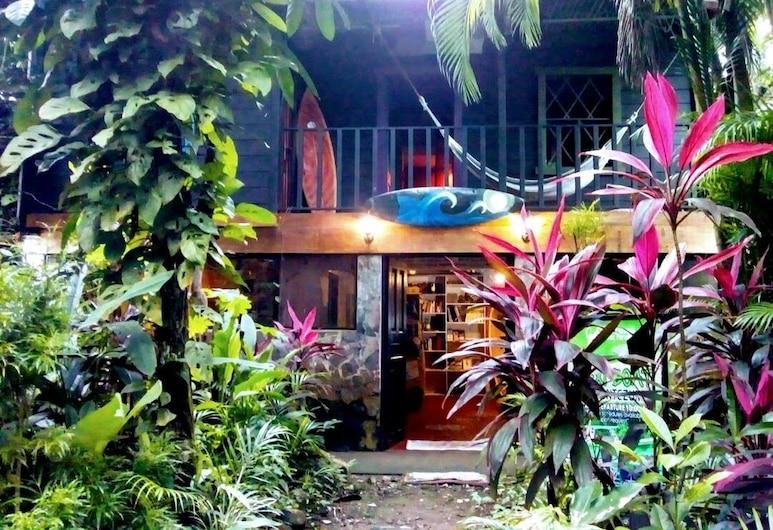 Casa Jungla Hostel, Jaco