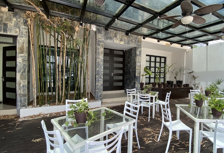 Marazul Hotel Boutique, Cancun, Outdoor Dining