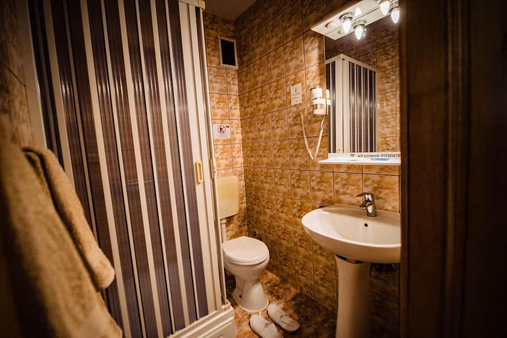 Superior Room, 2 Twin Beds, Non Smoking - Bathroom