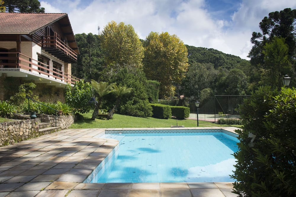 Chalet Villa DEL Monte to Your Home in Monte Verde