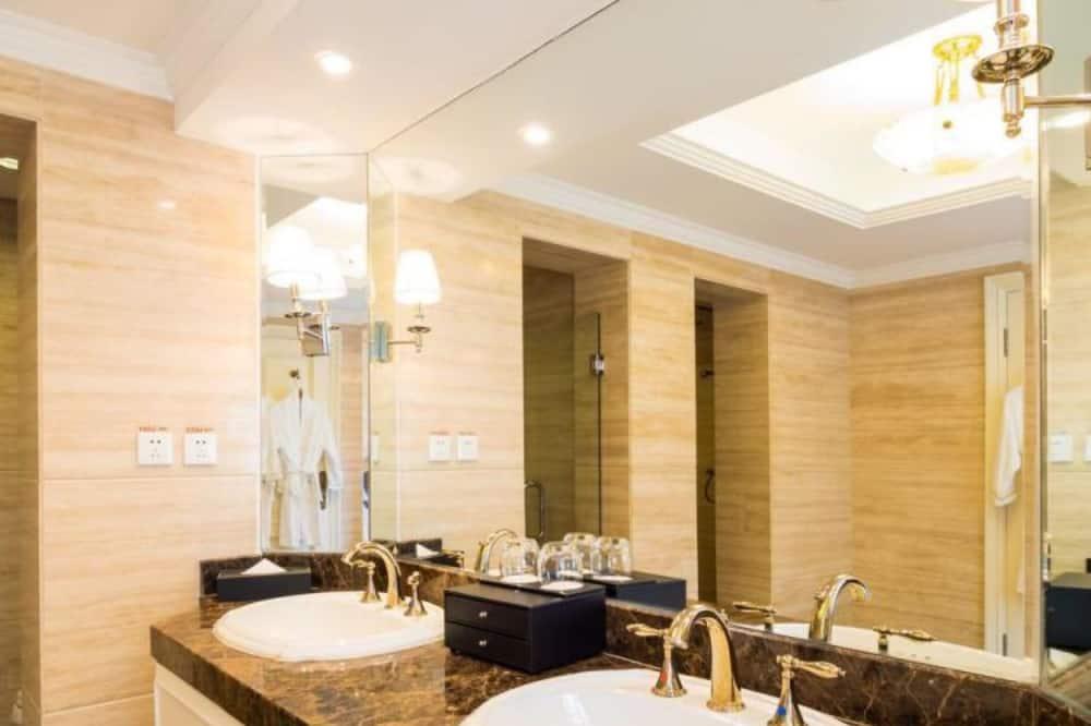 Pokój typu Business - Łazienka