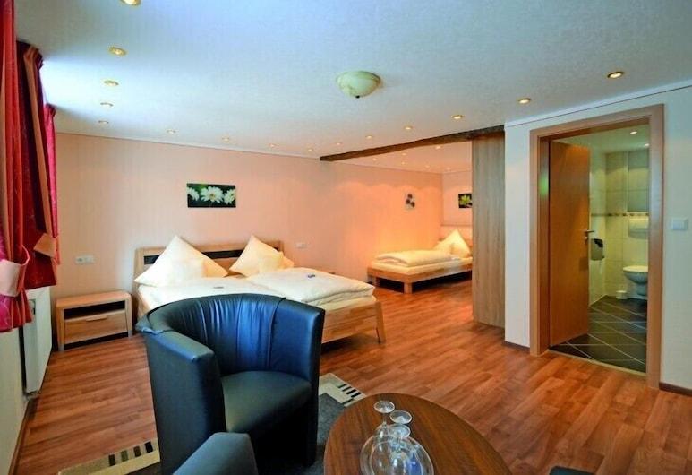 Hotel Gute Quelle, Beilstein, Superior Üç Kişilik Oda, Oda