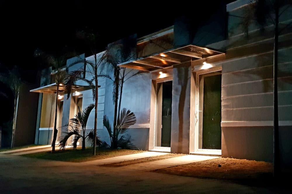 ห้องดีลักซ์ - บริเวณโรงแรม