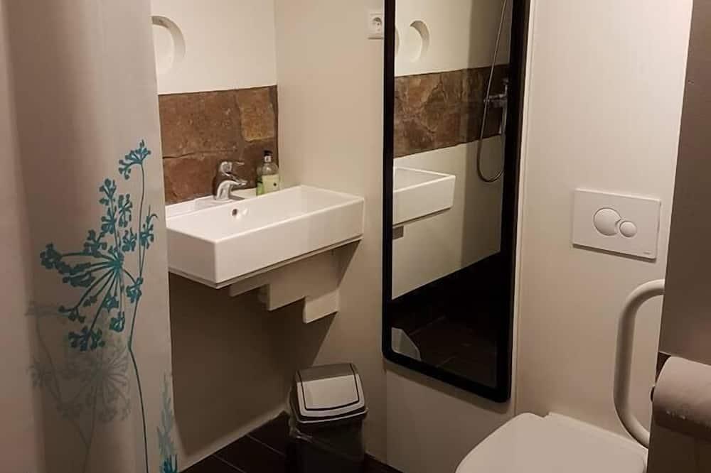 Habitación triple, baño privado - Baño