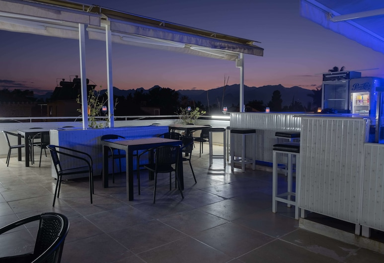 Gold Coast Hostel, Antalya, Teras/Veranda