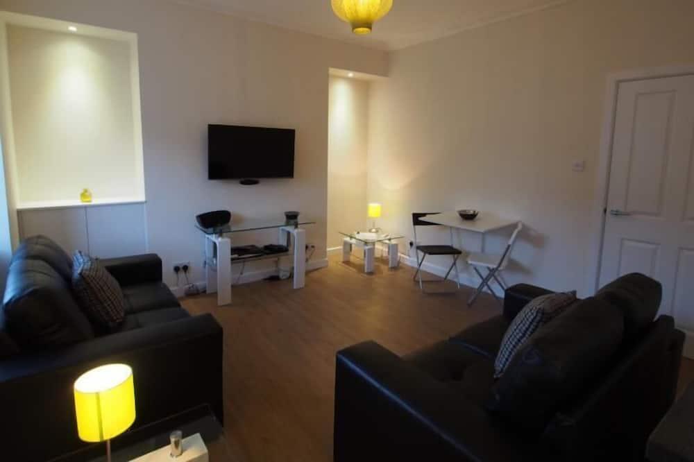 Apartment, 1 Bedroom, Non Smoking (Top Floor, 20F) - Living Area