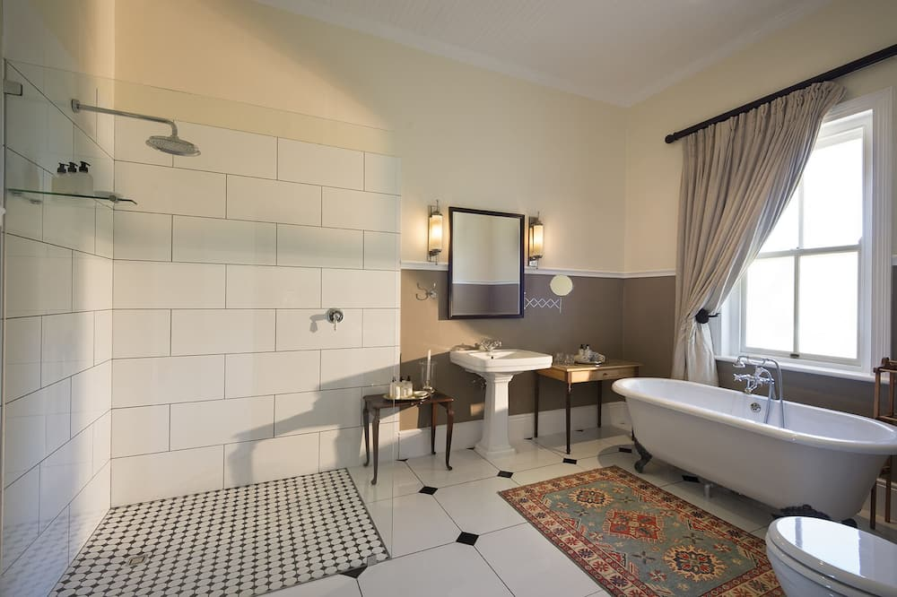 Luxury Villa, 3 Bedrooms - Bathroom