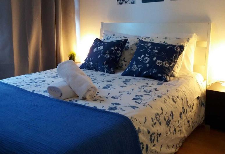 Liberty Hostel Lisbon, Λισσαβώνα, Δίκλινο Δωμάτιο (Double), Ιδιωτικό Μπάνιο, Θέα στην Πόλη, Δωμάτιο επισκεπτών