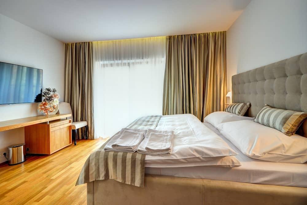 Suite, 1 Queen Bed (Wedding) - Guest Room