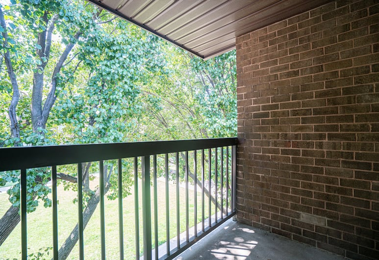 SoBe 7th Street Apartments, Washington, Apartment, 2 Bedrooms, Balcony, Terrace/Patio