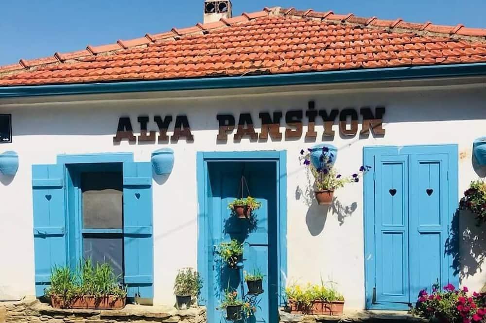 Alya Pansiyon, Selcuk