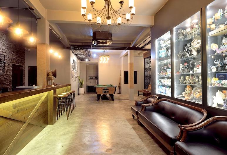 Castle Black Bangkok - Hostel, Bangkok, Lobby