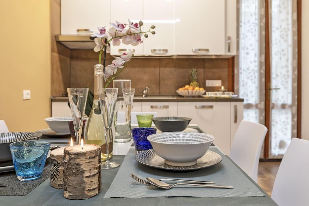 Apartemen, 2 kamar tidur, akses difabel - Tempat Makan Di Kamar