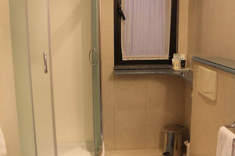 Standaard kamer, 1 twee- of 2 eenpersoonsbedden, niet-roken - Badkamer