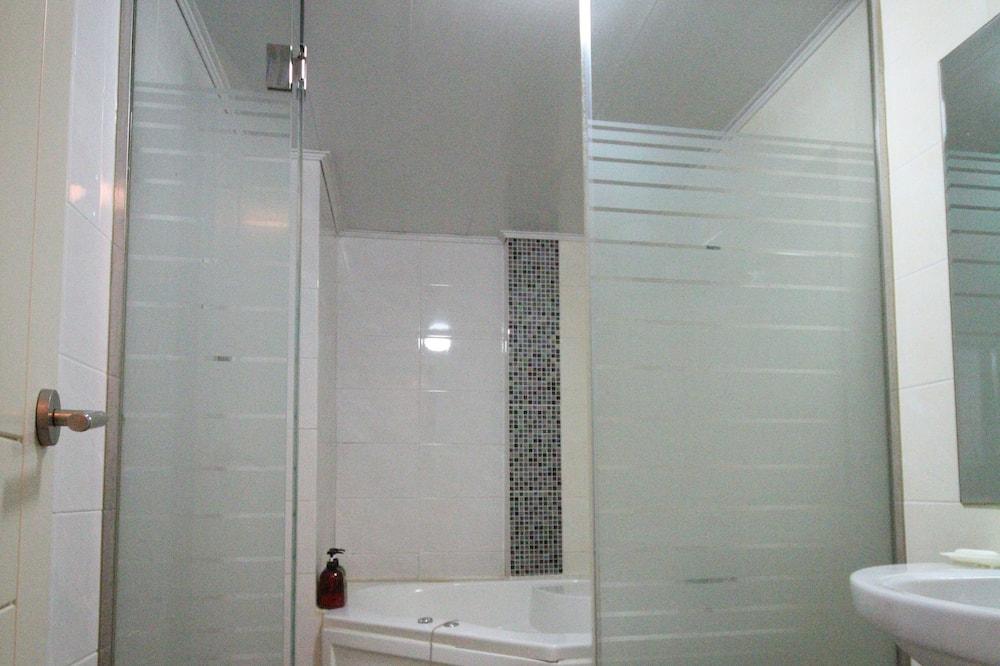 Habitación doble Deluxe (New Building) - Baño