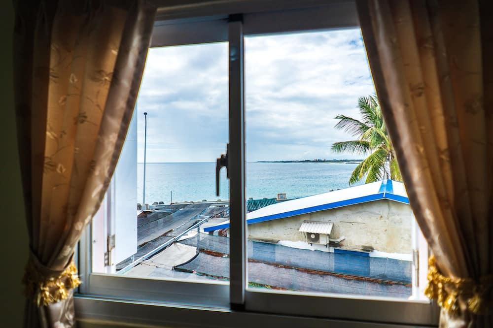 Pokój dla 4 osób Premium, 2 łóżka queen, widok na morze - Taras/patio