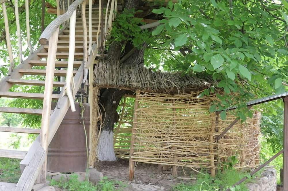 Tree House - Guest Room