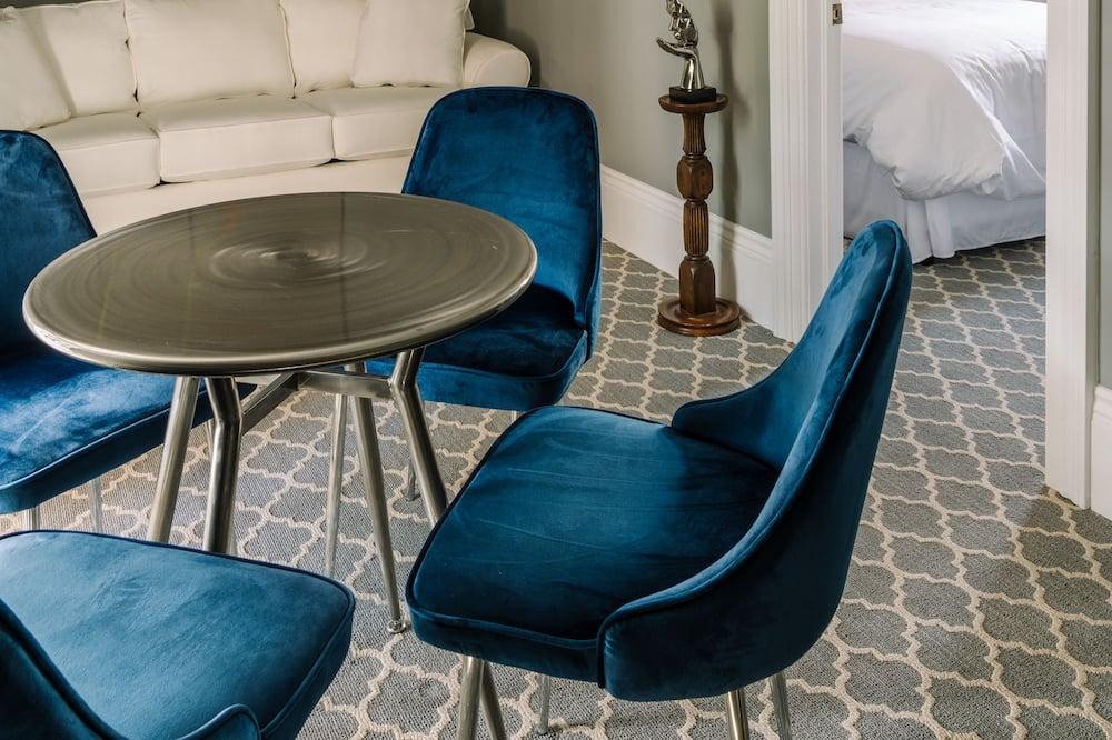 Dizajnerski suite, 1 queen size krevet i kauč na rasklapanje - Dnevni boravak