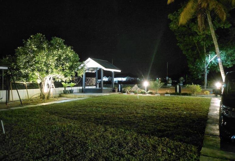 Aleesa Roomstay, Pasir Puteh, Pokoj typu Deluxe, dvojlůžko (180 cm), nekuřácký, Pokoj