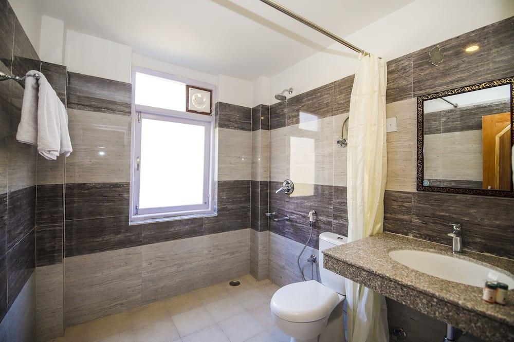 Suite, 1 Queen-Bett - Badezimmer