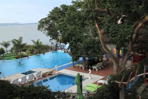 里威渡假村及水療中心/