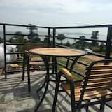 Standard Quadruple Room, Shared Bathroom, Ocean View (302) - Balcony View