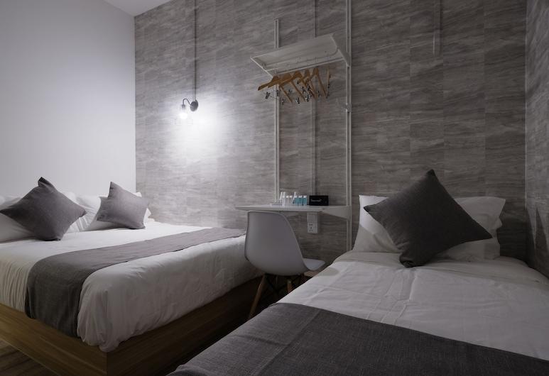 Q Loft Hotels@Bedok, Singapore, Family Triple Room, Guest Room